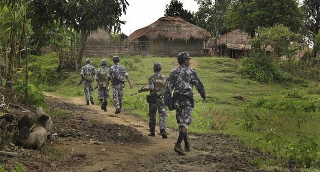 মিয়ানমারে সেনা 'অভিযান', আবারো বাংলাদেশে রোহিঙ্গা ঢলের আশঙ্কা