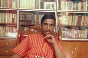 সিদ্ধার্থ সিংহের 'পঞ্চাশটি গল্প' বইটিকে ঘিরে গল্প লেখার প্রতিযোগিতা