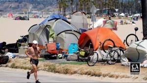 লস এঞ্জেলেসে যত্রতত্র গৃহহীন আবাসন নিষিদ্ধ ঘোষণা করছে সিটিকাউন্সিল