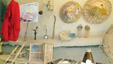 পল্লীবাড়িতে কৃষি তথ্য ও উপকরণ সাজিয়ে বিশাল জাদুঘরের গল্প